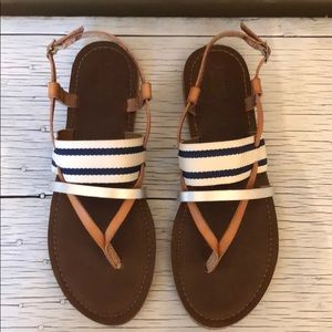DV Mossimo Supply Co. between toe strap sandals.